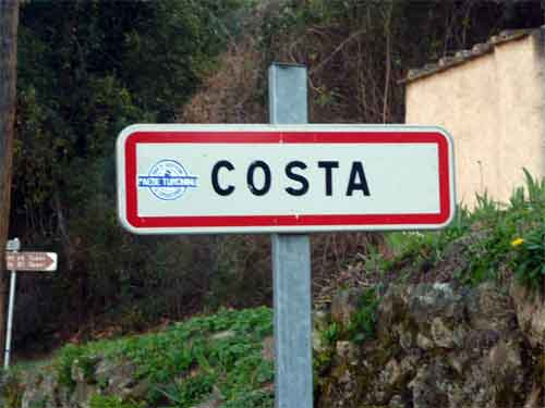 entrée du village de Costa